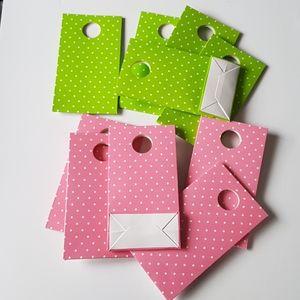 "10 Dots Cardboard Favor Bags 3.75""x5.25"" inch"